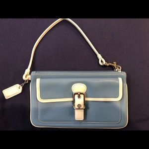 Coach wristlet NWOT medium blue Authentic!!
